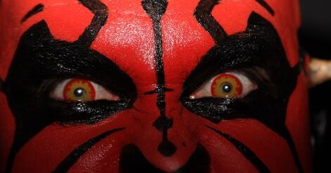 Darth Maul arca és szemei közelről