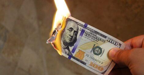 Égő pénz - valami hasonlót érezhetnek a rajongók