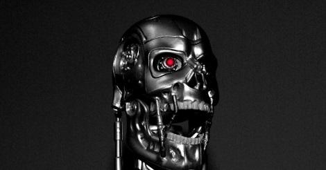 T-800-as Terminator bőrborítás nélkül
