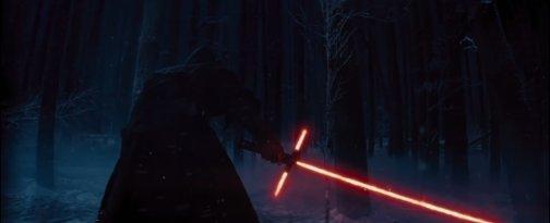 3 pengéjű kard a Star Wars 7 első traileréből